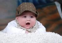 宝宝服装品牌带熊字的